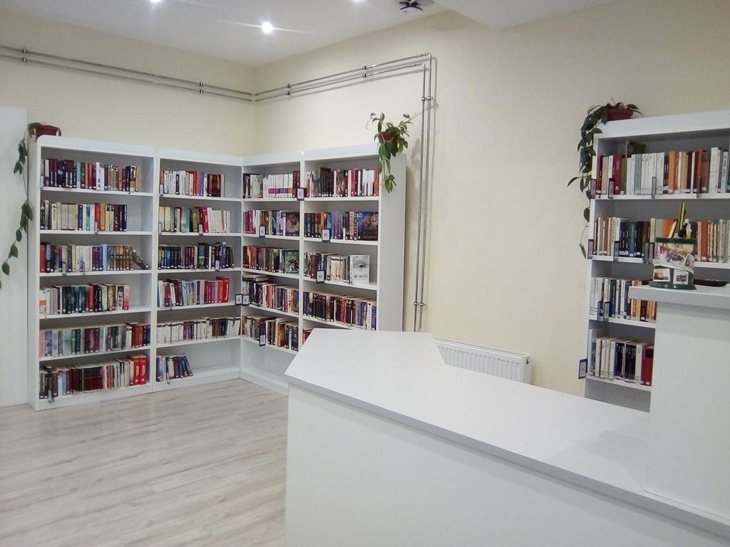 Könyvtár-4
